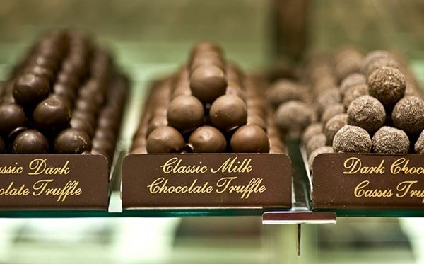 2 for 1 London Chocolate Tour Amazing Experience 1