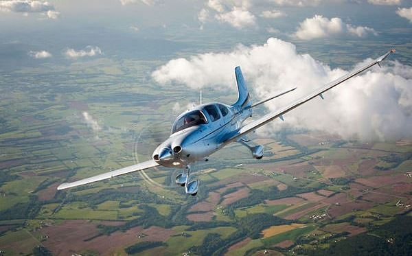 60 Minute Extended Flying Lesson - UK Wide Amazing Experience 2
