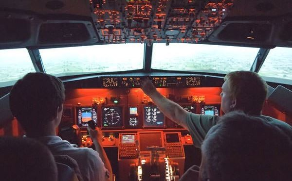 1 Hour Flight Simulator Experience Amazing Experience 3