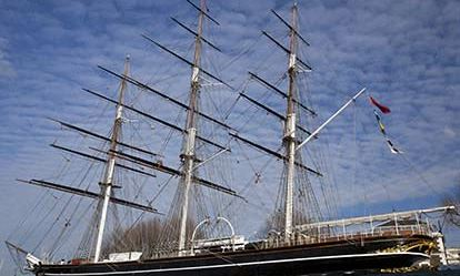 Admission to the Cutty Sark with a Meal for Two Amazing Experience 1