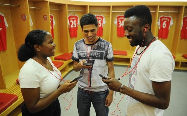 Adult Emirates Stadium Tour for Two Includes Branded Earphones Amazing Experience 3