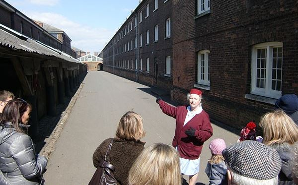 Call the Midwife Tour for Two Amazing Experience 2
