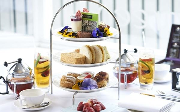 Chocolate Afternoon Tea for Two at Hilton London Green Park Hotel Amazing Experience 1