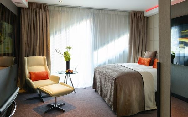 Luxury Overnight Spa Break with Breakfast at the M by Montcalm Hotel for Two Amazing Experience 3