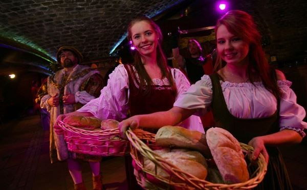 Medieval Banquet and Show for Two - Midweek Amazing Experience 1