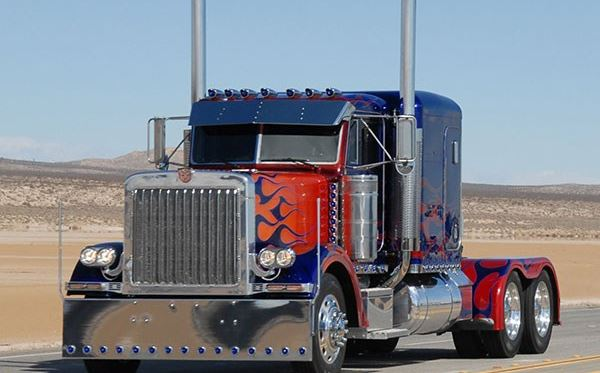 Optimus Prime American Truck Driving Experience Amazing Experience 2