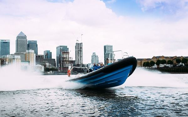 River Thames High Speed Boat Ride for One Adult Amazing Experience 1