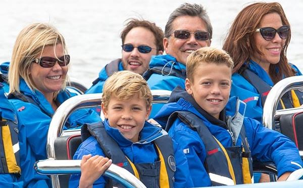 River Thames High Speed Boat Ride for One Child Amazing Experience 2