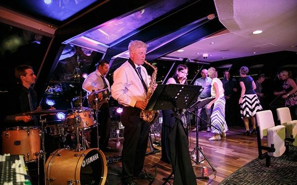 Thames Jazz Cruise with Three Course Dinner and Bubbles - Special Offer Amazing Experience 3