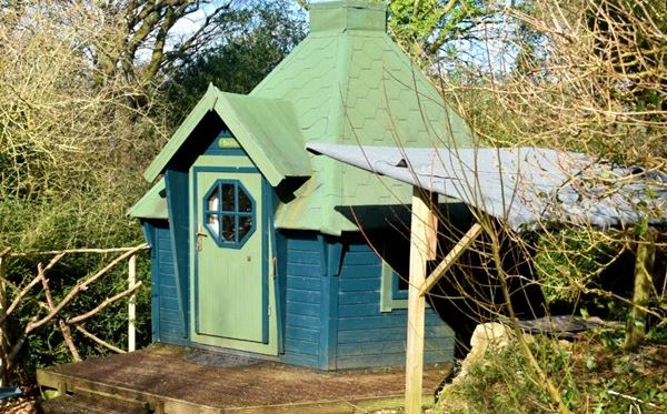 Two Night Stay in a Hobbit Hut at Acorn Camping Amazing Experience 3