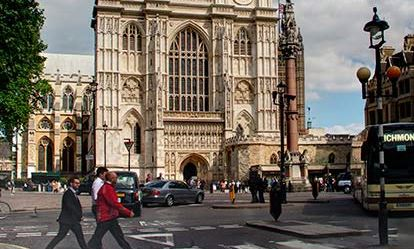 Westminster Abbey and Afternoon Tea at the Amba Hotel for Two Amazing Experience 1