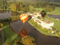 Fantastic Champagne Balloon Flight for Two Experience Day