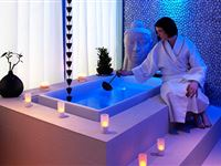 Overnight Deluxe Spa Break with Prosecco for Two at Hotel Rafayel Experience Day